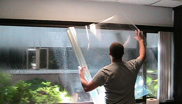 cách dán phim cách nhiệt, chống nóng cho nhà kính